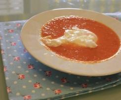 Sopa de Tomate à moda da Madeira