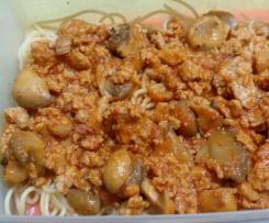 Esparguete à bolonhesa com linguiça