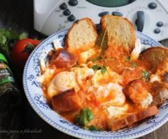 Sopas de Tomate com Ovos Escalfados e Oregãos