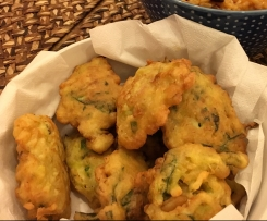 Pataniscas de alho francês e couve (sem glutén)