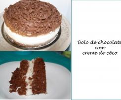 Bolo de chocolate e creme de côco