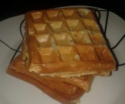 Waffles de banana e aveia