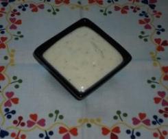 Molho de iogurte e alho