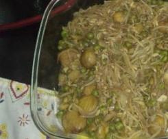 Rebentos de soja com castanhas e ervilhas