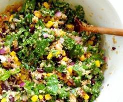 Salada de Quinoa, Couve Kale e Feijão Preto