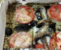 Pizza com base de bróculos