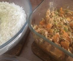Jardineira de frango com arroz branco a vapor