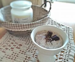 Mousse de limão com iogurte e chocolate