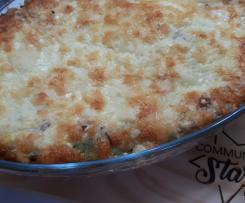 Lasanha com massa fresca de espinafres, bolonhesa e carbonara