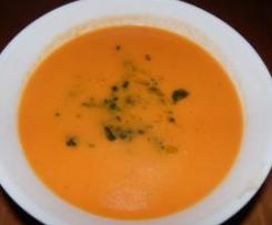 Sopa de Tomate Fresco & Pimentão Doce c/ Manjericão triturado em Azeite