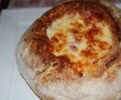 Pão com Chouriço e Queijo