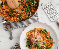 Noodles de Batata Doce com Couve Kale