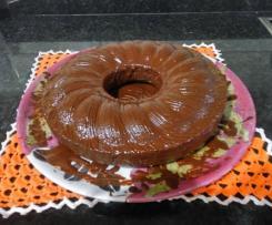 Bolo de Cenoura com Cobertura de Chocolate