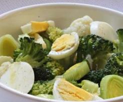 Salada Italiana de Brócolos e Ovo