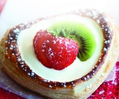 Corações de Chantilly com Fruta