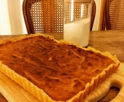 Tarte de pastel de nata com base de crumble (baixo nível de lactose e sem glúten)