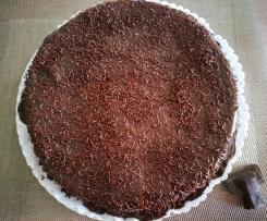Bolo de Chocolate sem Farinha, com cobertura de Chocolate