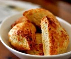 Biscoitos de Buttermilk, Queijo de Cabra e Cebolinha