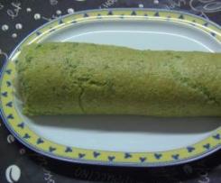 Torta light de agrião recheada com paté de queijo creme e salmão e com queijo e fiambre