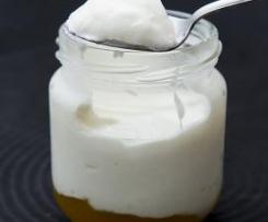 Iogurtes grego com pêssego