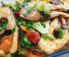 Peixe ao vapor com legumes + creme (sopa) de legumes