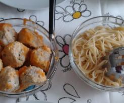 Almondegas de Frango com Esparguete ao Vapor