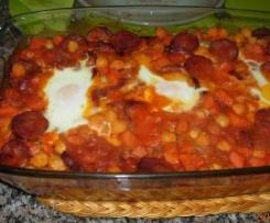 Guisado de grão e linguiça com ovos (Revista MP - janeiro 2013)