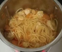 Frango com esparguete