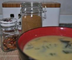 Sopa de Grão com Caril