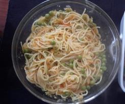 Esparguete de Cenoura e Ervillhas