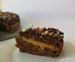 Bolo de Chocolate com recheio de leite condensado