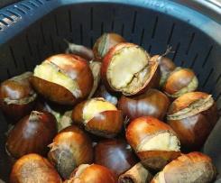Castanhas cozidas no cesto