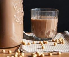 Leite de soja com chocolate/cacau (1 litro e meio)
