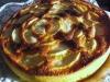 Bolo de baunilha com cobertura de maçã