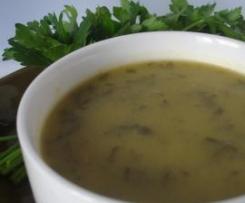 Sopa de Feijão verde e salsa