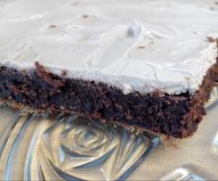 Brownies de chocolate negro com cobertura de queijo creme