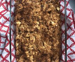 Crumble de maçã e bolachas