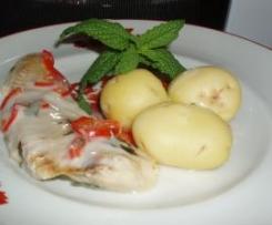 Filetes com pimentos vermelhos em molho bechamel (varoma)