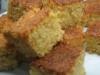 Bolo de laranja com cobertura crocante (fofo e húmido)