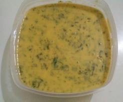 Sopa de feijão branco com espinafres