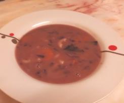 Sopa de Feijão e Couve Roxa